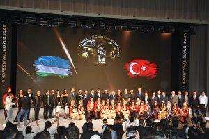 Taşkent'te açılışı yapılan Türk Film Günleri etkinliğine yoğun ilgi