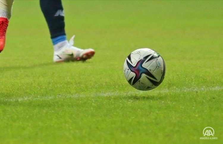 Yunan futbolcu Tsoumanis aracında ölü bulundu