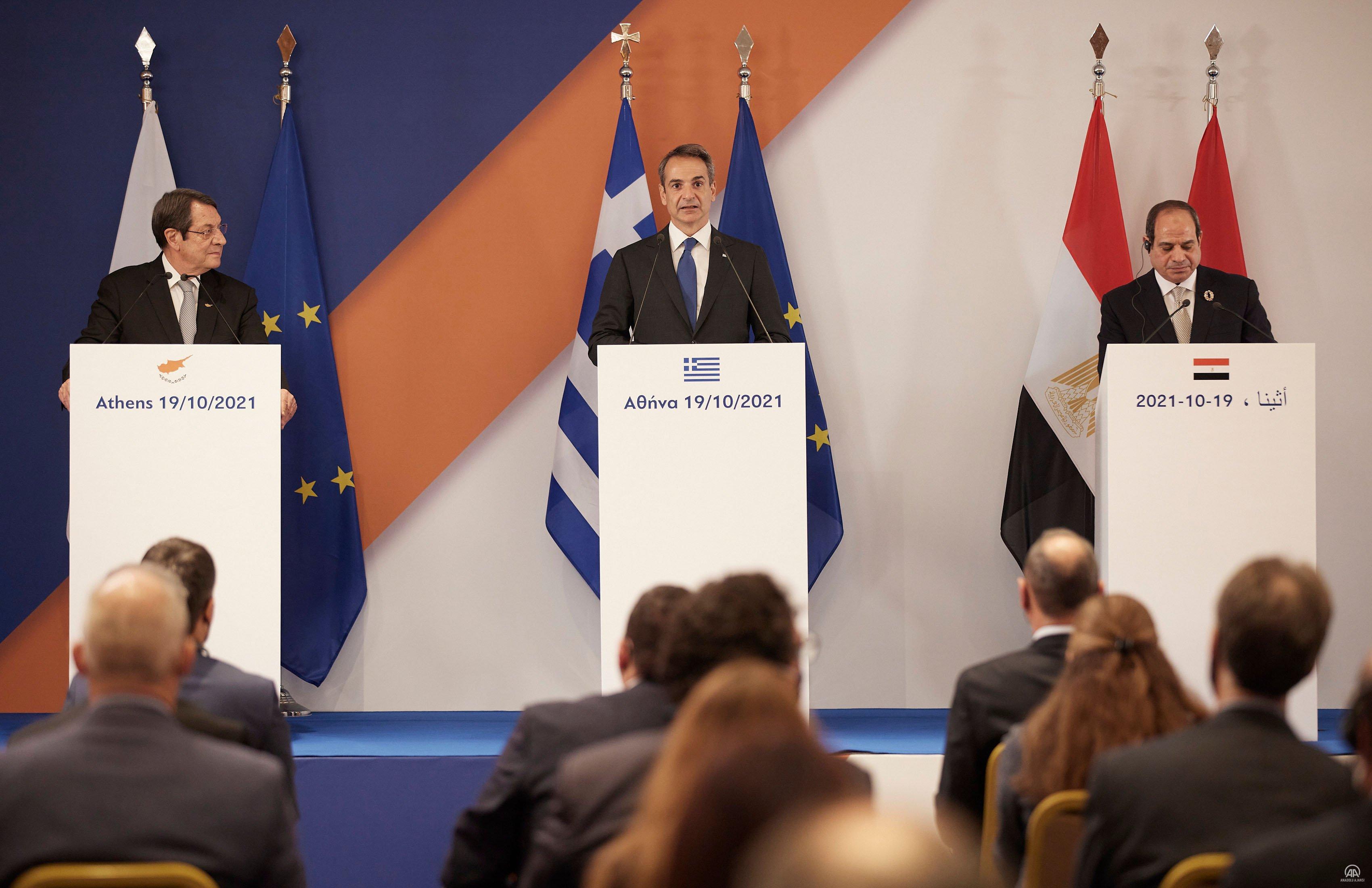 Yunanistan, Mısır ve GKRY liderleri Atina'daki üçlü zirvede bir araya geldi