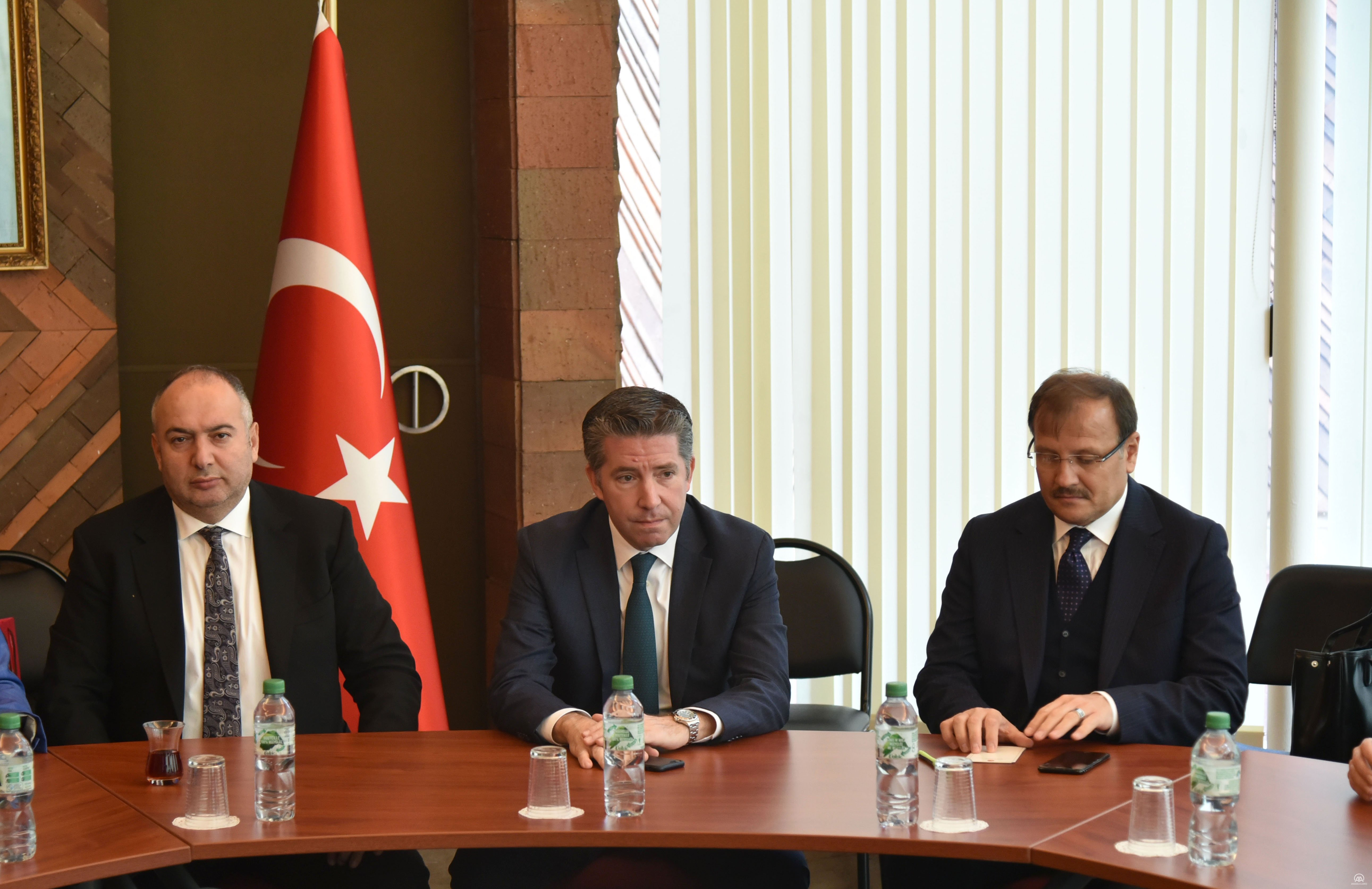 TBMM İnsan Haklarını İnceleme Komisyonu Başkanı Çavuşoğlu Paris'te temaslarını sürdürdü