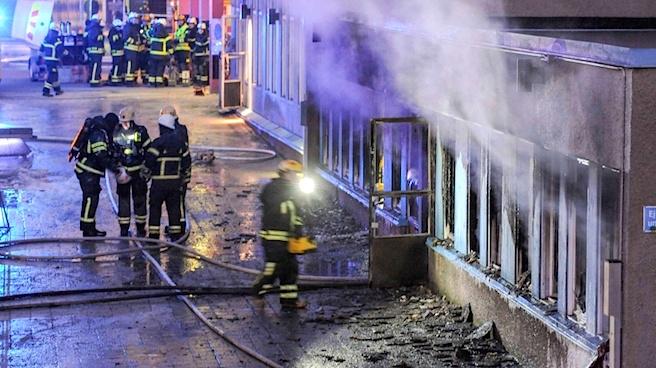 İsveç'te bir cami saldırısı daha!