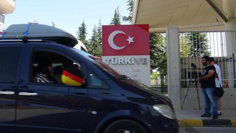 Türkiye'ye arabayla yola çıkmadan önce bunları gözden geçirin!